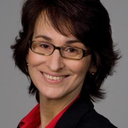 Carolin Flores